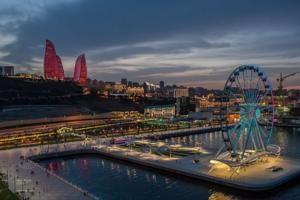 عشرة اسباب لسفر اذربيجان