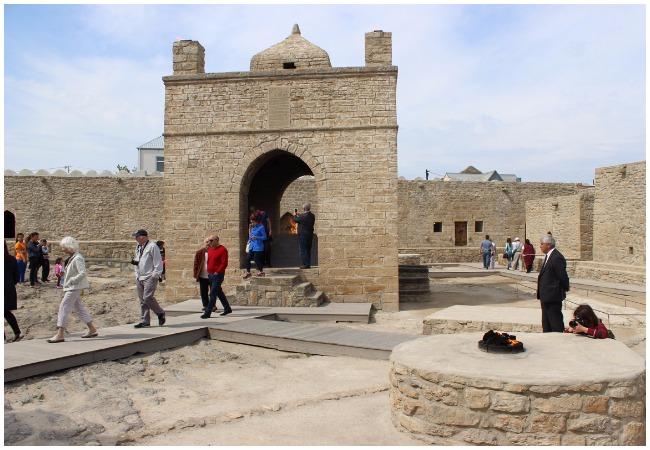 الرحلة السياحية في اذربيجان